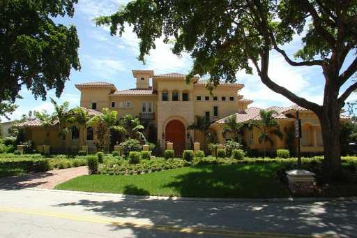 Bay Colony Homes